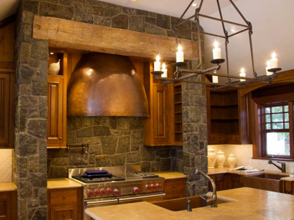 La cucina in muratura, stile classico e moderno insieme.  MAM Ceramiche
